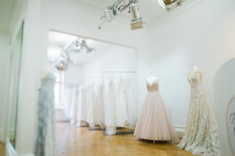 Brautmode Rastatt Brautkleider Brautschuhe Und Braut Accessoires